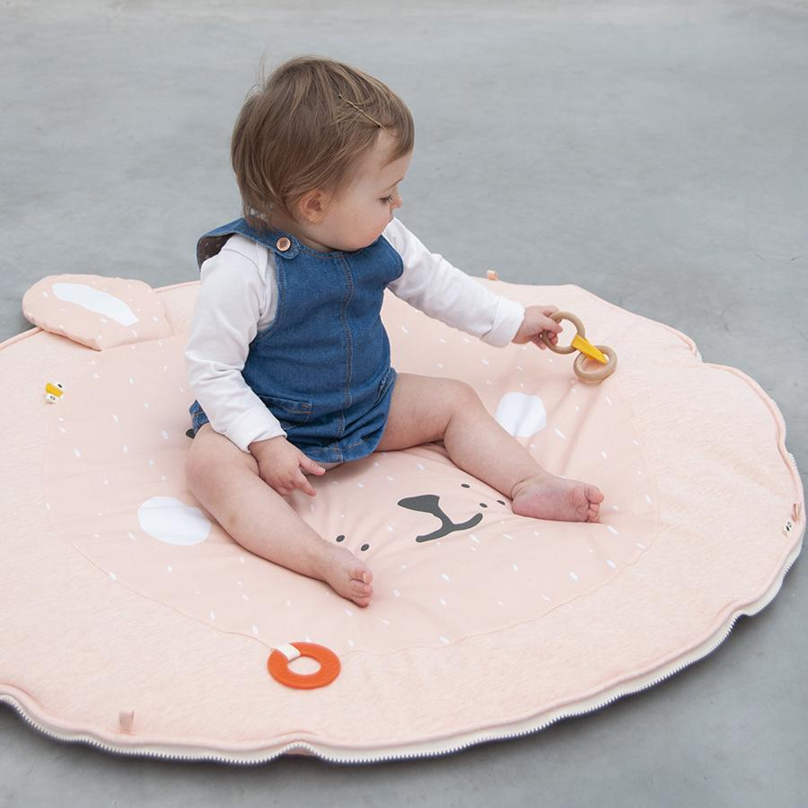 "Activity blanket with play arch ""Mrs. Rabbit"""