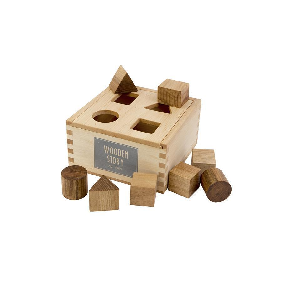 "Plug toy ""Natural Shape Sorter Box"""