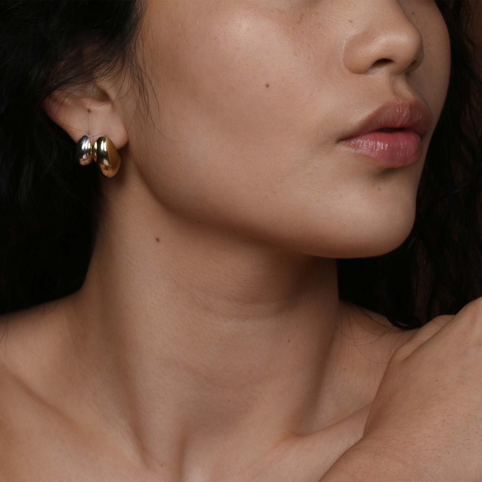 Small Voluptuous Crescent Earrings - Solid Gold
