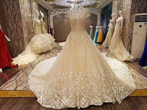 Lace Up Back Floor Length Ball Gown Lace Wedding Dresses Organza