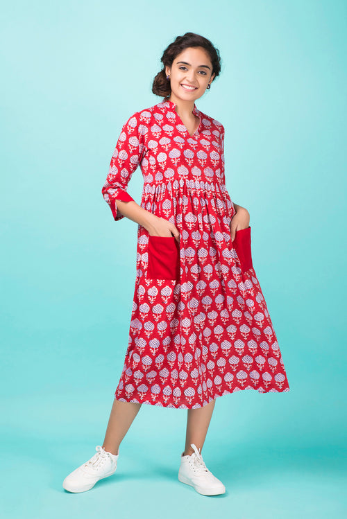 Scarlet Pocket Dress