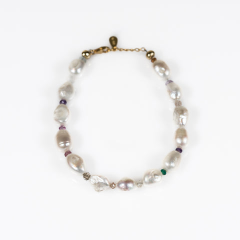 Back to Basics Pearl Bracelet