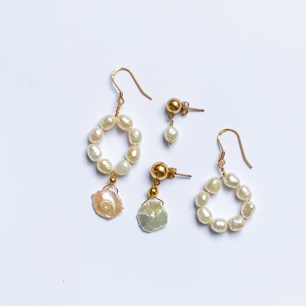 Set of mix matching earrings in pearl