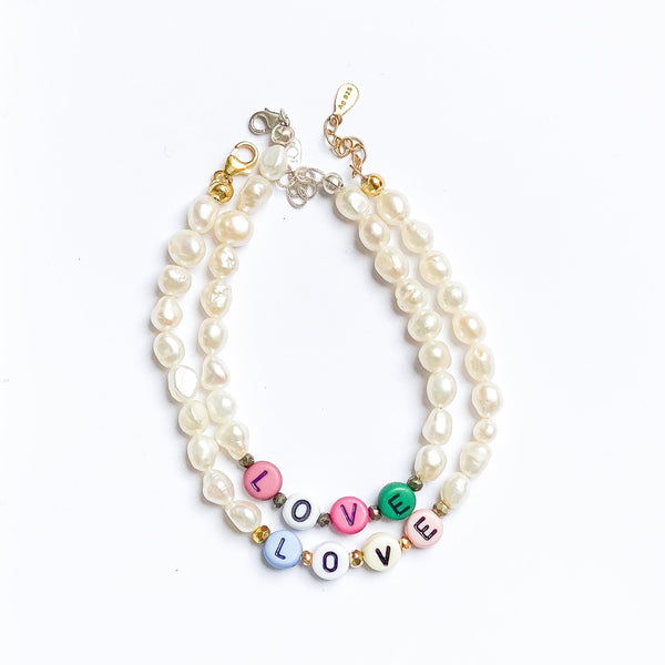 pearl bracelet with custom word
