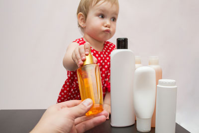Mommies, Beware: Top 5 Harmful Chemicals To Stay Away From