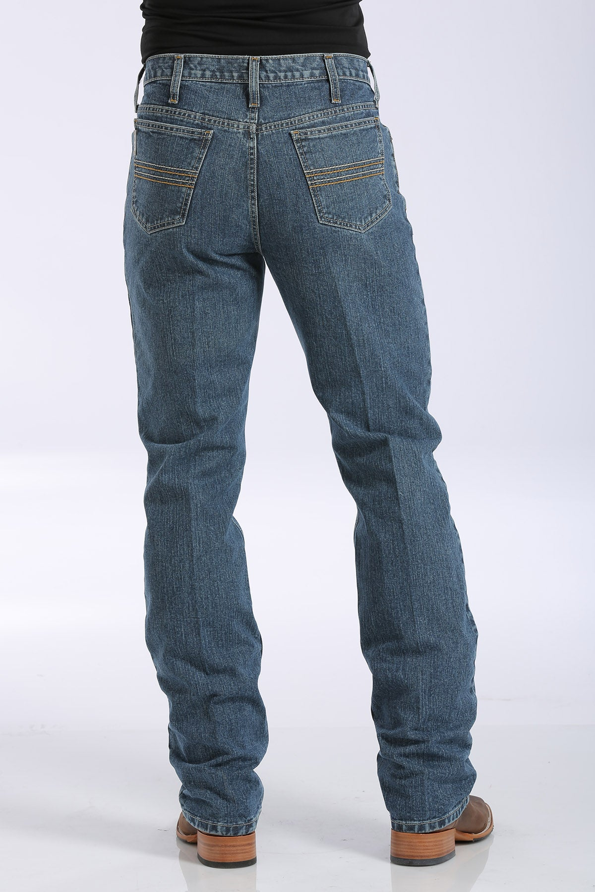 CINCH Men's Slim Fit Silver Label Jean - Medium Stonewash