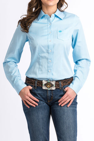 CINCH Women's Light Blue and White Micro Stripe Button-Down Western Shirt