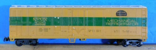 HO Scale Model Reefer Car New York Central Mechanical Refrigerator Car