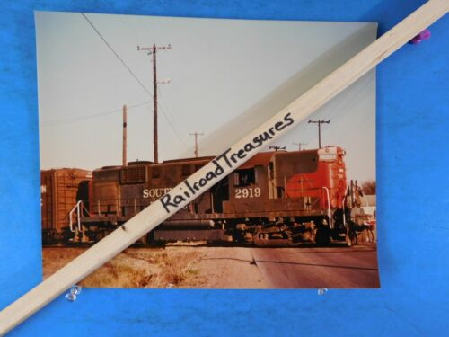 Photo Southern Pacific Railroad Locomotive #2919 8 X 10 Color Houston TX 1976