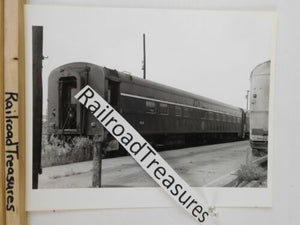 Photo Missouri Pacific Passenger Car #404 8 X 10 B&W St Louis MO 1971 MP