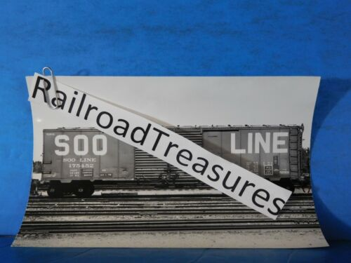 Photo Soo Line Box Car #175452 8x5 B&W