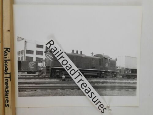 Photo Missouri Pacific Locomotive #1084 8 X 10 B&W Memphis TN 1968