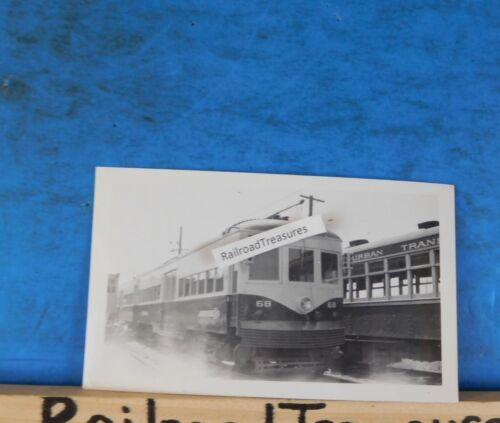 Photo Philadelphia Suburban Transporation #68 PCC 4.5 X 2.75 1959