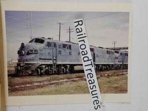 Photo Missouri Pacific Locomotive #4 8 x 10 color New Orleans LA 1968 MP