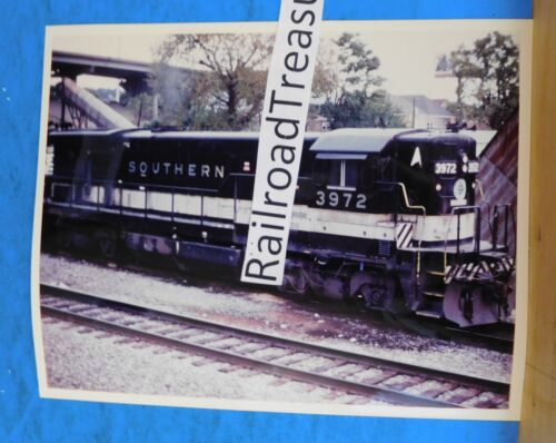 Photo Southern Railroad Locomotive #3972 8 X 10 Color New Albany IN 1987