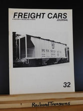 Freight Cars Journal #32 SP/ Cotton Belt covered hoppers KCS flatcar 2 bay cover