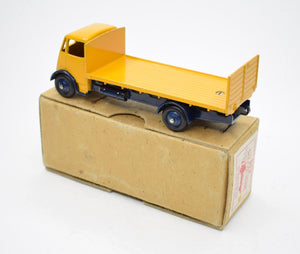 Dinky Guy 513 Guy With Tailboard Very Near Mint/Boxed (Yellow & Blue).