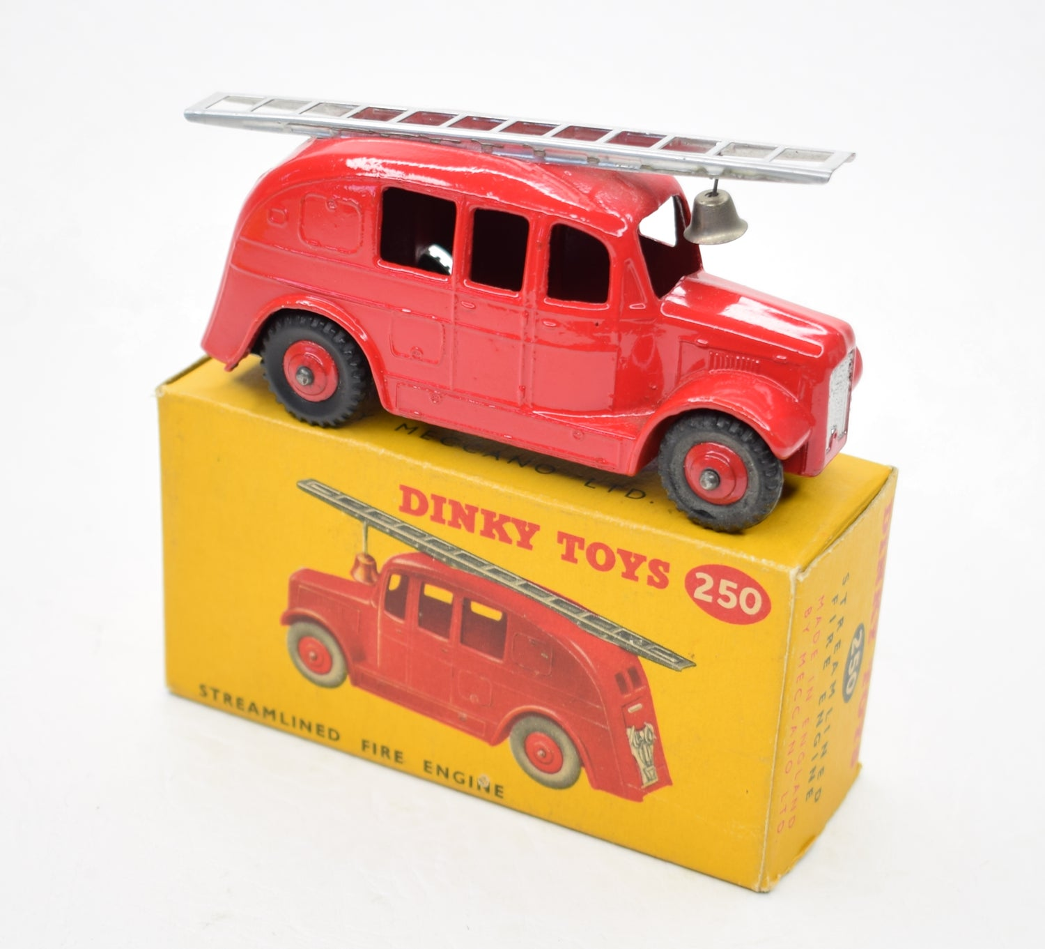 Dinky toys 250 Steamlined Fire Engine Virtually Mint/Boxed