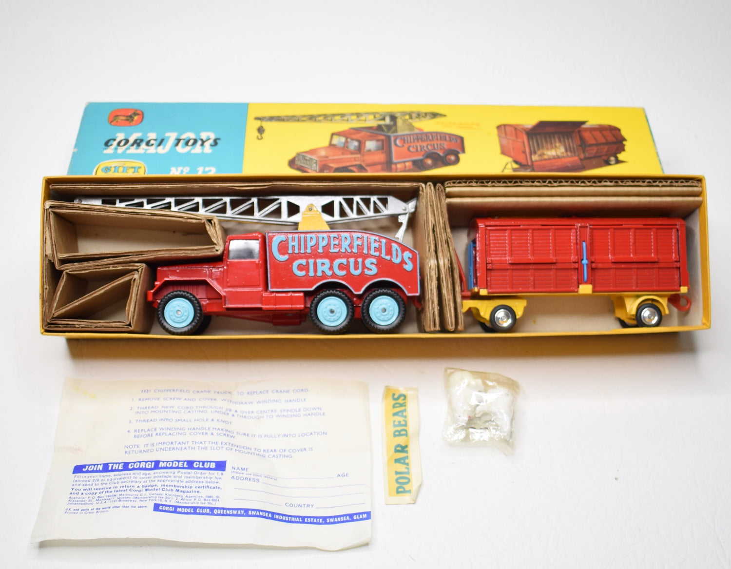 Corgi toys Gift set 12 Chipperfields Crane & Cage Virtually Mint/Boxed