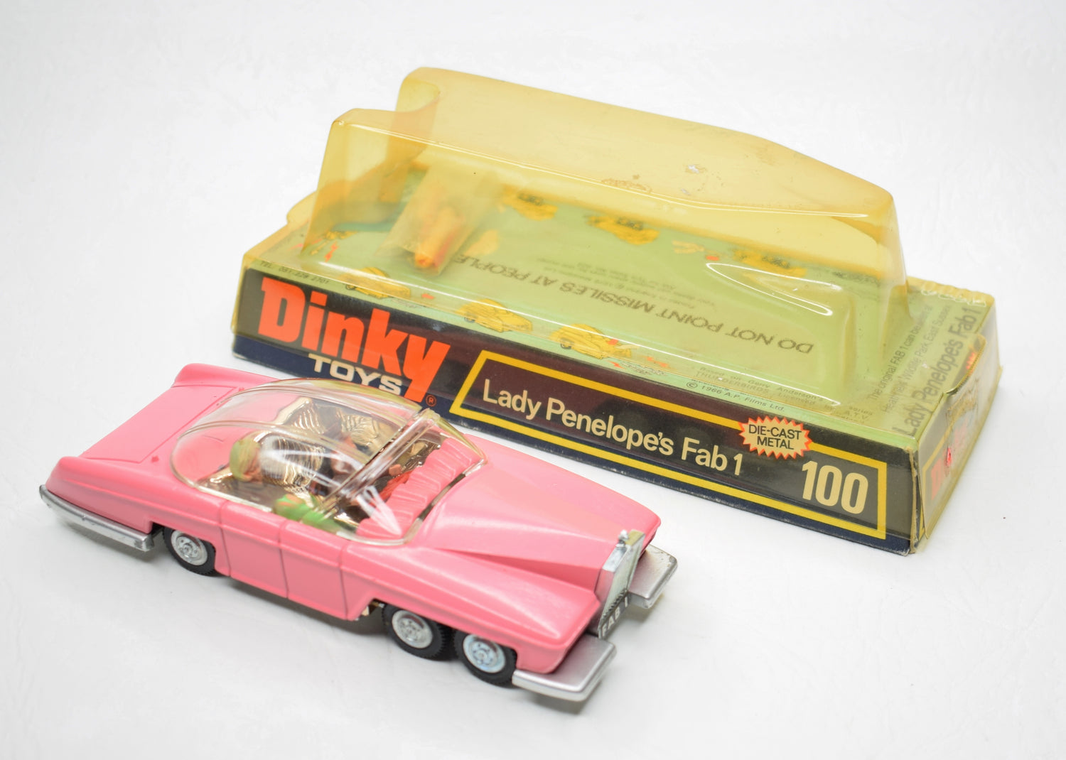 Dinky toys 100 Fab 1 Virtually Mint/Boxed (Pale pink)