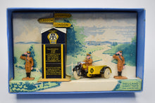 Dinky toys 44 Pre war A.A Hut, Motor Cycle & Guides Very Near Mint/Boxed.