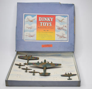 Dinky toys Gift set 68 Camouflage Aeroplanes Near Mint/Boxed (Incomplete).