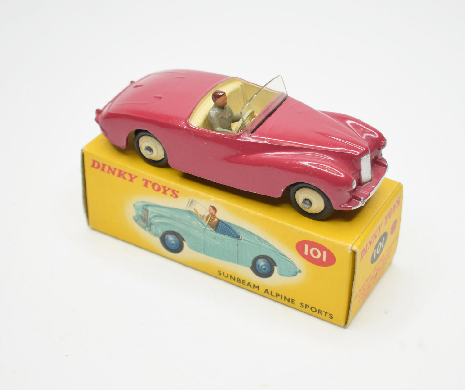 Dinky Toys Sunbeam Alpine  Very Near Mint/Boxed (C.C)