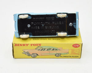 Dinky toys 178 Plymouth Plaza Very Near Mint/Boxed (Sky Blue)