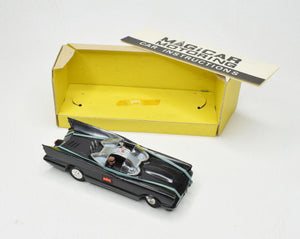 Spot-on Magicar Batmobile Virtually Mint/Boxed(New 'The Lane' Collection)