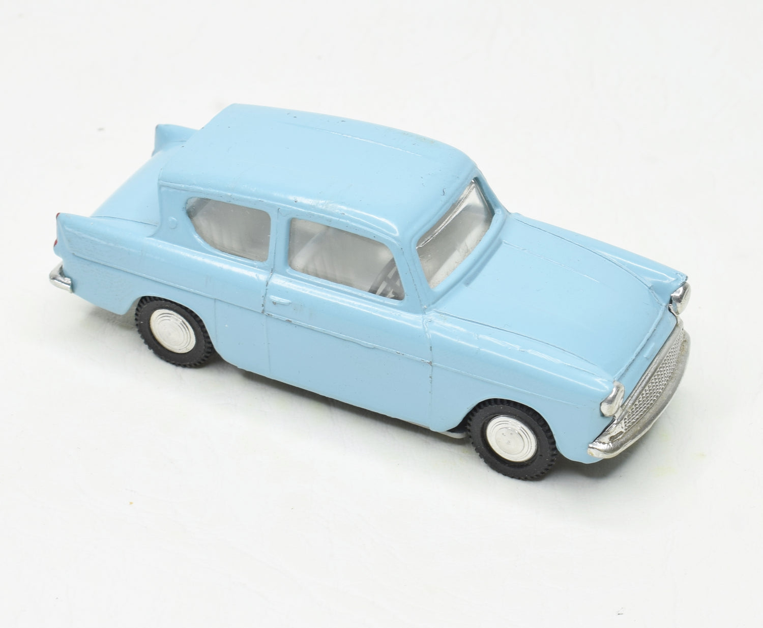 Spot-on 213 Ford Anglia Unboxed (Cotswold Collection)