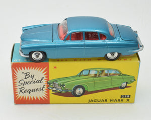 Corgi toys 238 Mark X Jaguar Virtually Mint/Boxed (New The 'Geneva Collectoin')