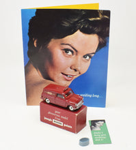 Dinky Toys 274 'Joseph Mason Paints' Virtually Mint/Boxed (New The 'Geneva' Collection)