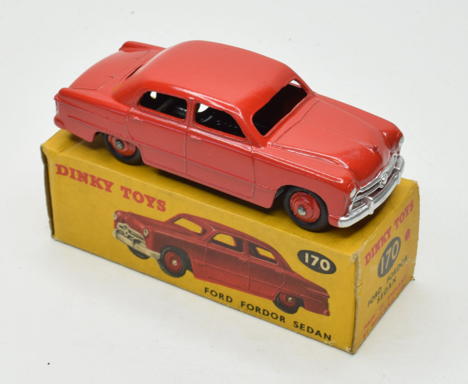 Dinky toys 170 Ford Fordor Very Near Mint/Boxed