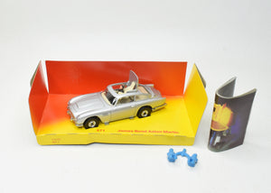 Corgi toys 271 Very Near Mint/Boxed (New 'The Lane' Collection)