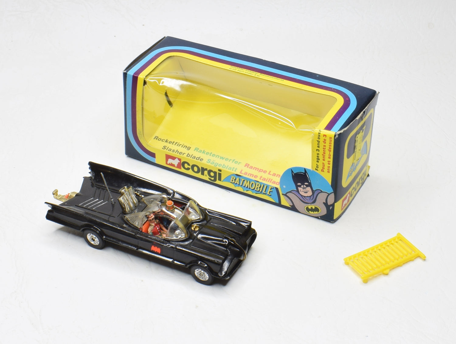 Corgi toys 267 Batmobile Virtually Mint/Boxed (Clear screens/Swedish script)