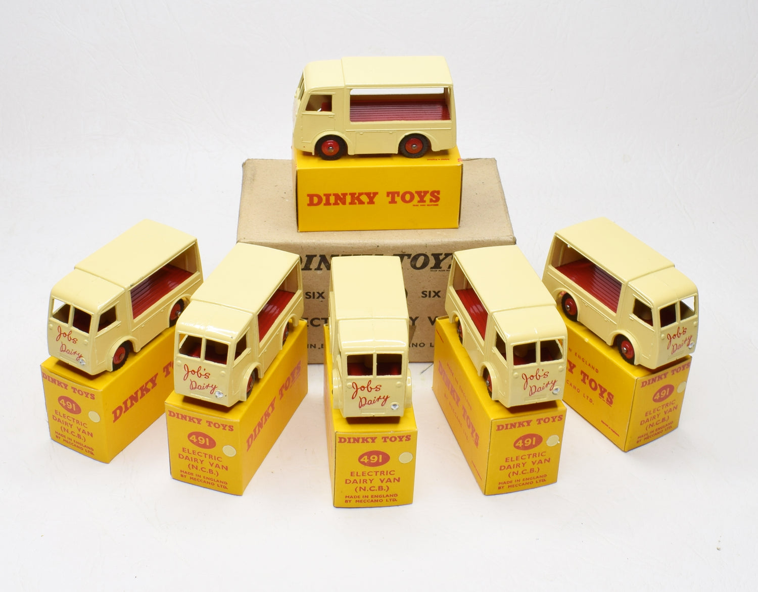 Trade pack of 6 Dinky Toys 491 'Jobs Dairy' Virtually Mint/Boxed