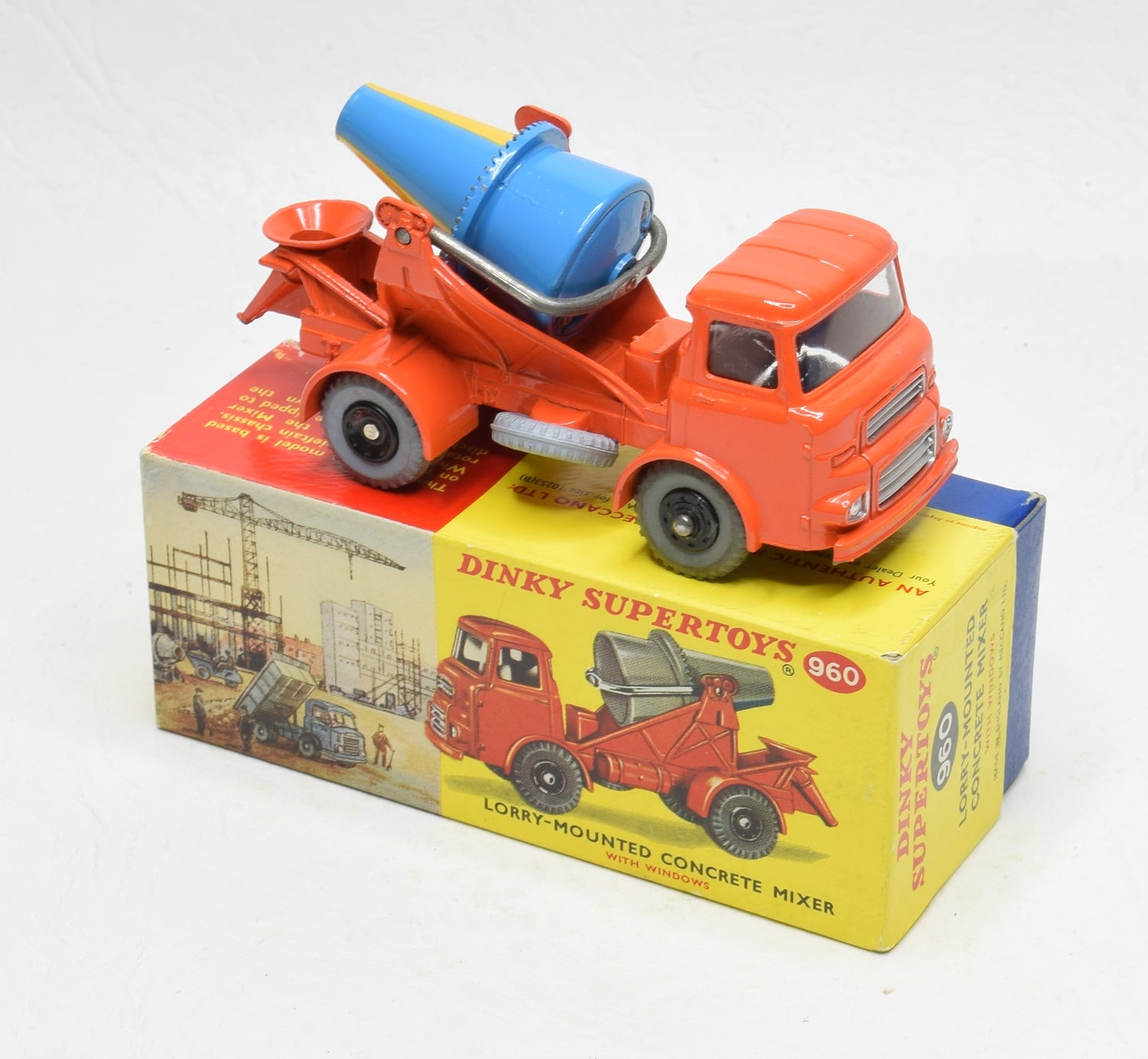 Dinky Toys 960 Concrete Mixer Very Near Mint/Boxed The 'Carlton' Collection