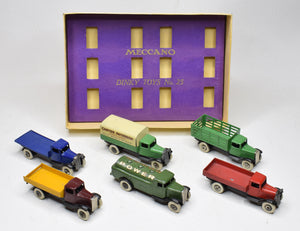 Dinky Toys Pre war 25 series Gift set Very Near Mint/Boxed