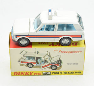 Dinky toys 254 Police Range Rover Mint/Boxed The 'Geneva' Collection