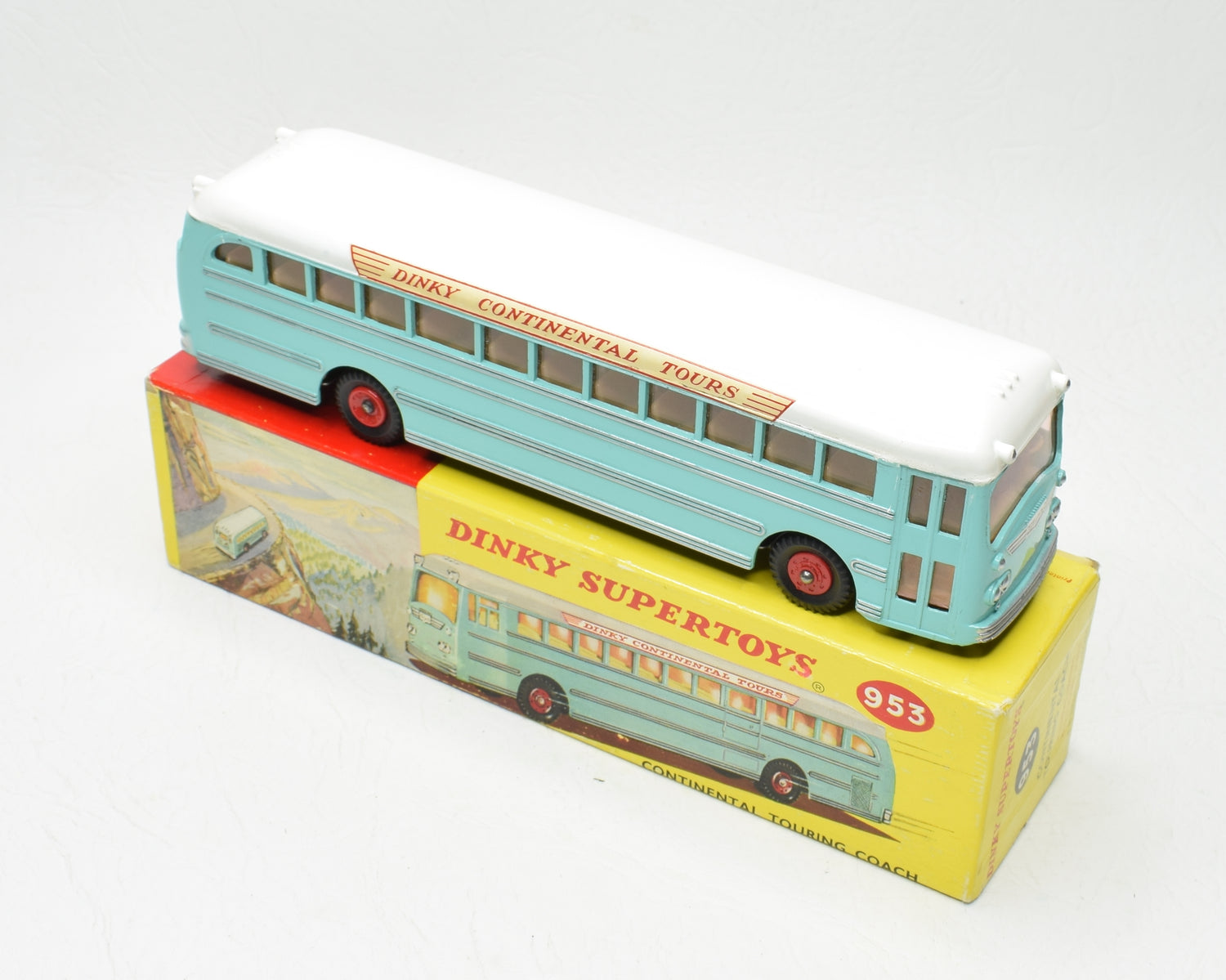 Dinky toys 953 Continental Coach Virtually Mint/Boxed 'Brecon' Collection