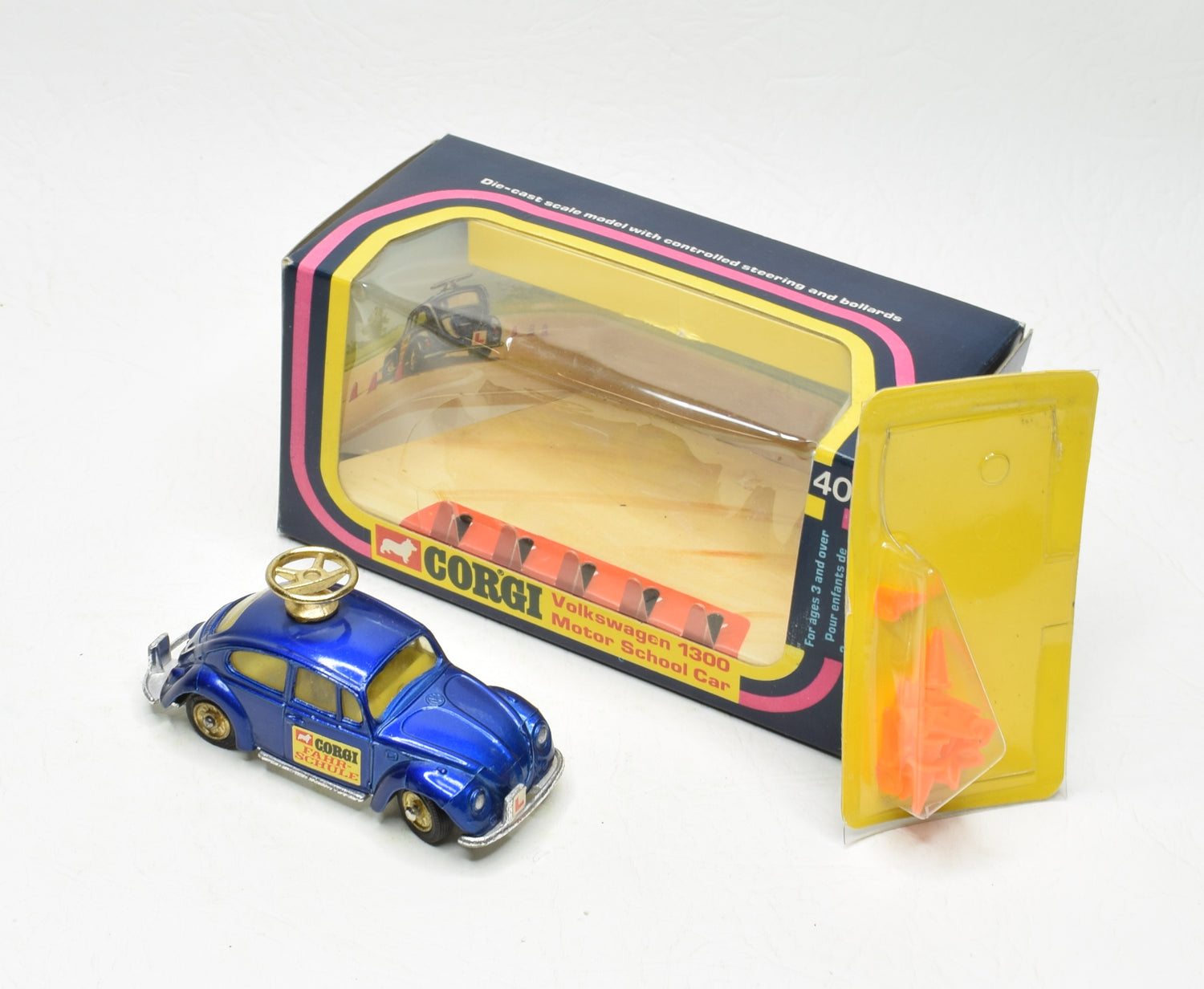 Corgi toys 401 VW Motor School 'Farhschule' Very Near Mint/Boxed The 'Wickham' Collection