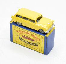 Matchbox Lesney 31 Ford Station Wagon RW/B2 box Virtually Mint/Boxed