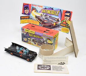 Corgi toys 267 Batmobile Virtually Mint/Boxed (1st issue without door casting line on fin)