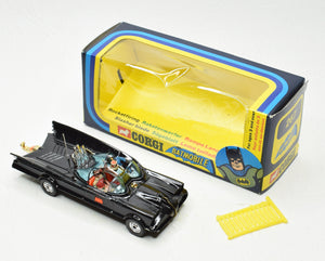 Corgi toys 267 Batmobile Virtually Mint/Boxed (Deep style window box)