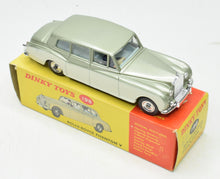 Dinky Toys 198 Rolls-Royce Silver Phantom V Very Near Mint/Boxed The 'Finley' Collection
