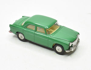 Spot-on 157 Rover 3 litre Very Near Mint (Mid Green)