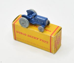 Dublo Dinky toy 069 Massey Harris Very Near Mint/Boxed