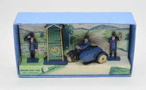 Dinky toys 43 Pre war R.A.C Hut Motor cycle & guides Virtually Mint/Boxed 'Brecon' Collection
