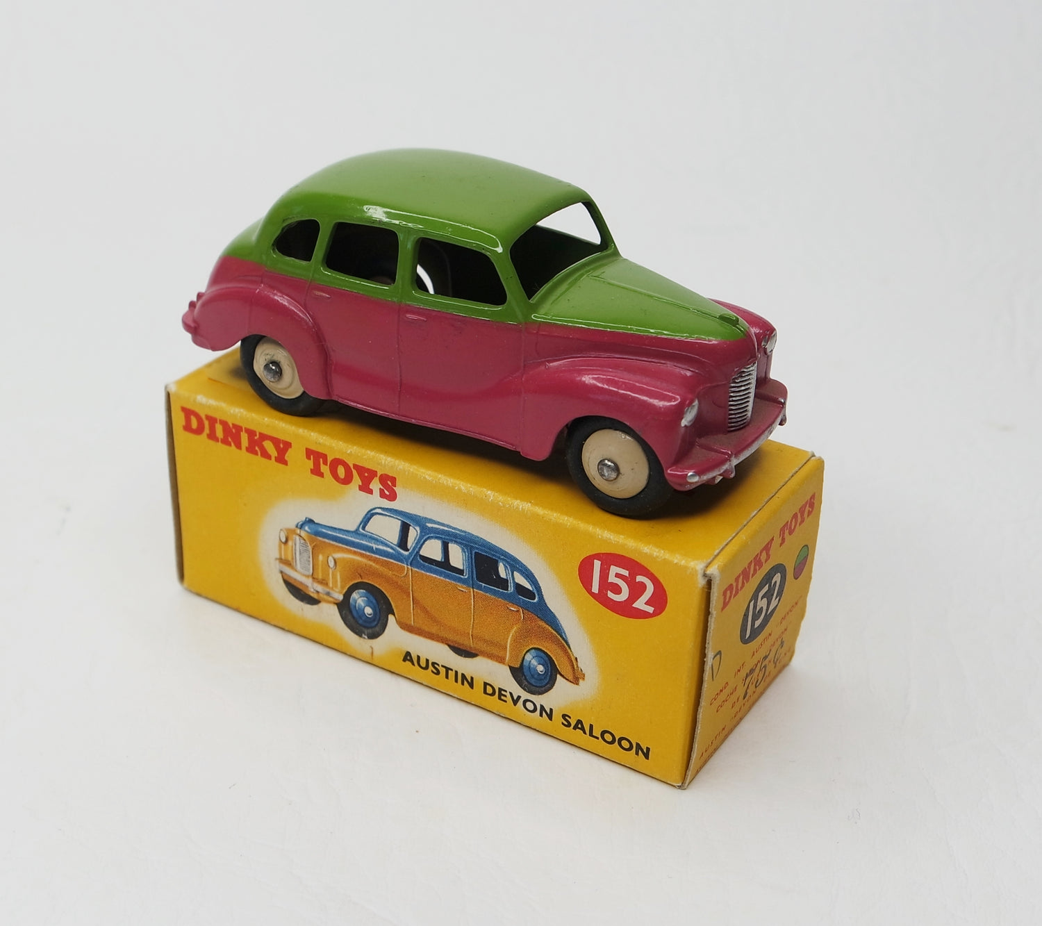 Dinky Toys 152 Austin Devon Virtually Mint/Boxed