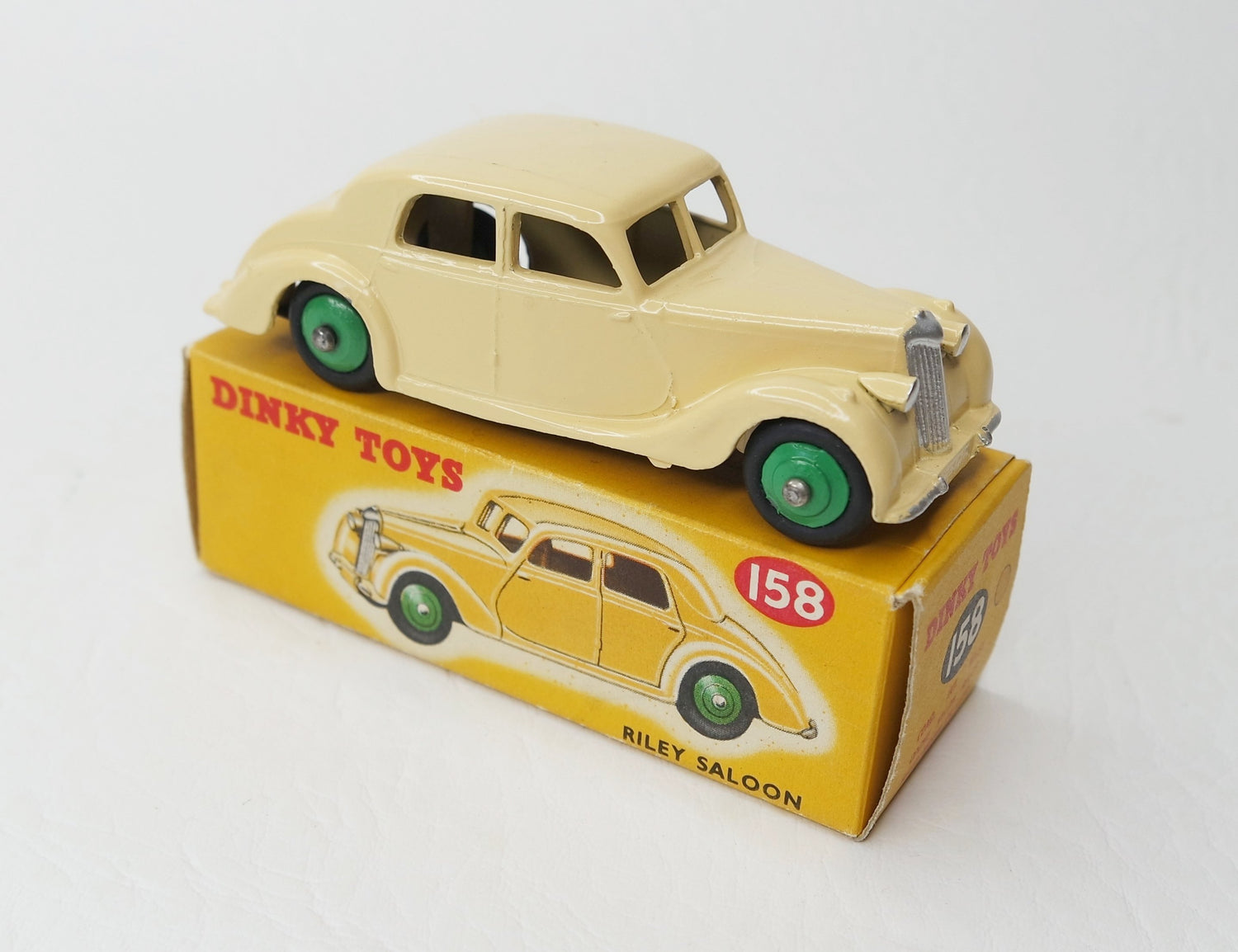 Dinky Toys 158 Riley Saloon Virtually Mint/Boxed (C.C).